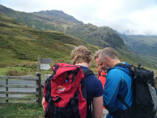 NGB training course - Mountain skills students learn to navigate