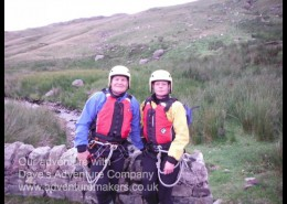 2 People ready to go canyoning